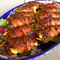 Spicy Pulled Pork Jalapeño Poppers…