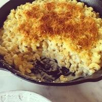 Extra Creamy Macaroni & Cheese....