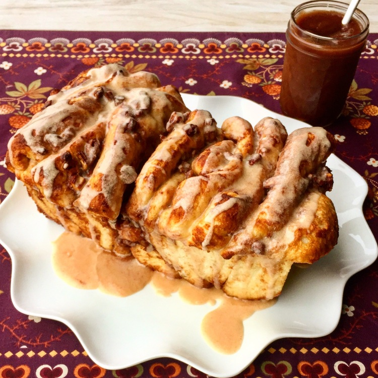 Apple Butter Pecan Pull Apart Bread